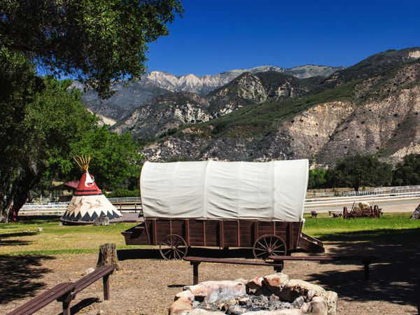 Covered Wagon Photo Gallery 3