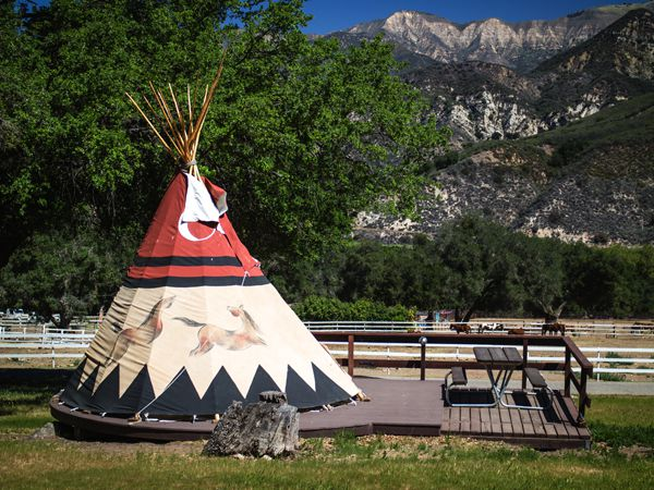 Teepees, Tents & Covered Wagons